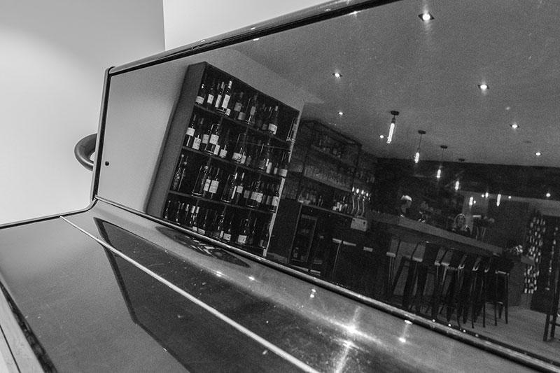 Restaurant-Pizzeria-Bar à vins Le Patio à Landivisiau (entre Morlaix et Brest), bar à vins