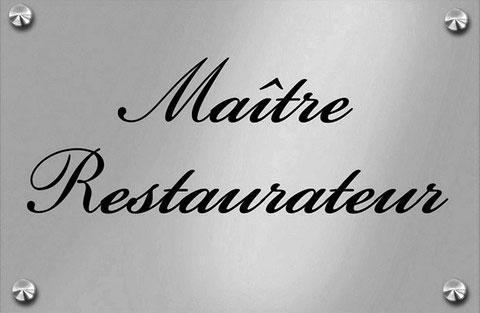 Plaque Maître restaurateur du Restaurant-Pizzeria-Bar à vins Le Patio à Landivisiau