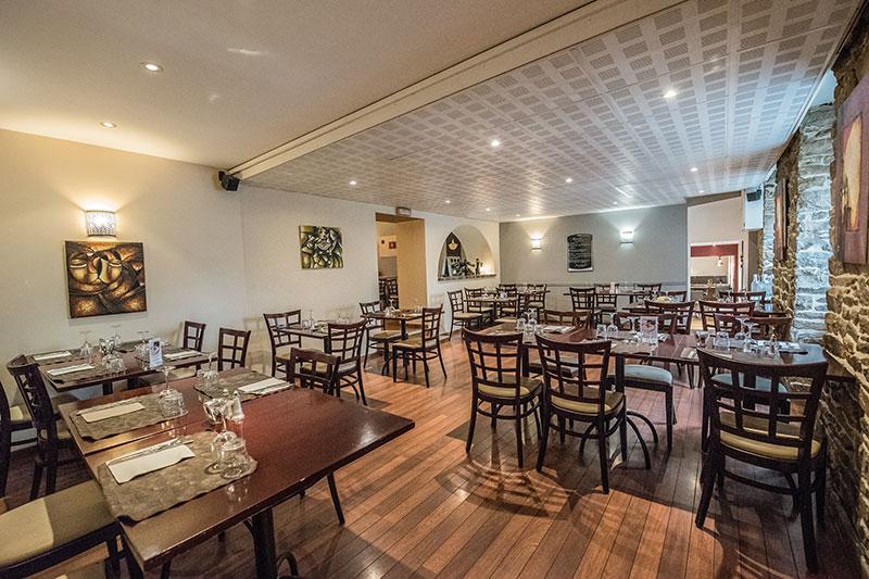 Salle du Restaurant-Pizzeria-Bar à vins Le Patio à Landivisiau