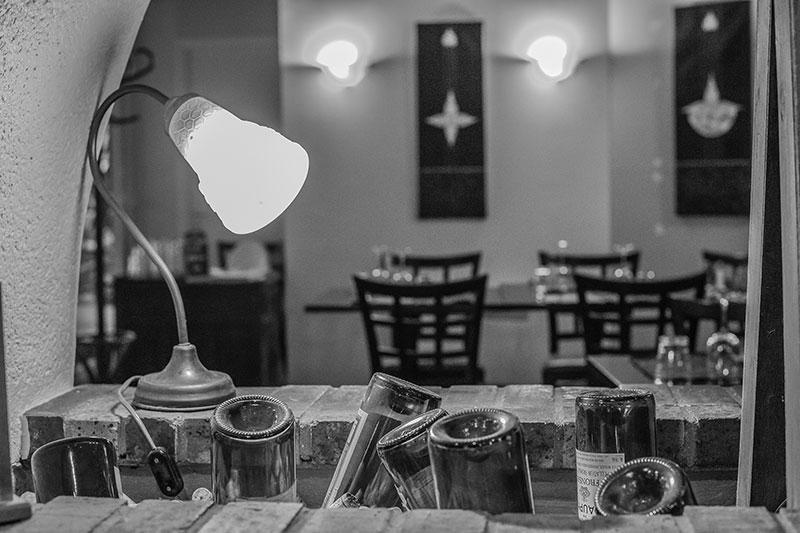 Salle du restaurant-Pizzeria-bar à vins Le Patio à Landivisiau,